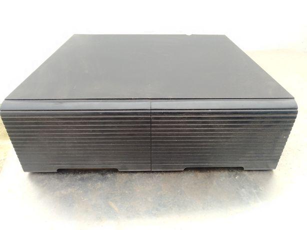 Arquivadores para VHS, para CD'S e para cassetes audio.