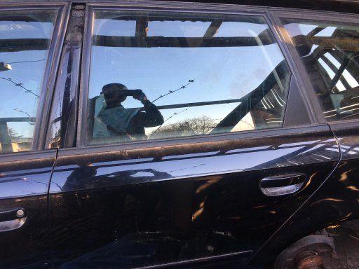 Tylne drzwi Audi A4 B7 czarne kombi