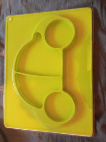 Talerzyk dla dzieci silikonowy autko