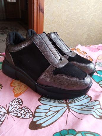Кроссовки,туфли,лоферы