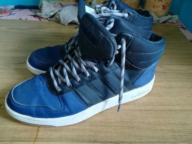 Б.у. кроссовки, ботинки из Германии 45-46 размер.