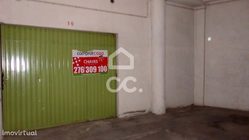 Garagem - centro - RESERVADO