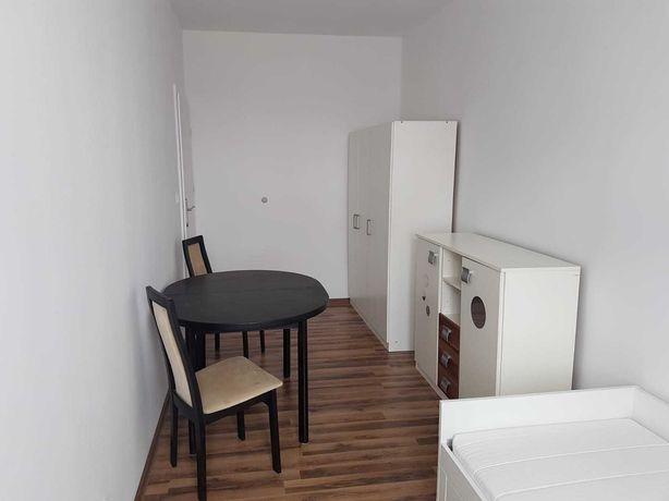 Mieszkanie 2 niezależne pokoje, osobna kuchnia blisko centrum