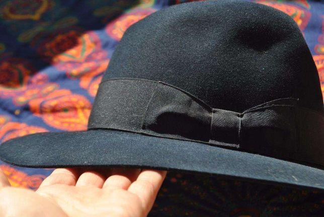 Chapéu de feltro azulão
