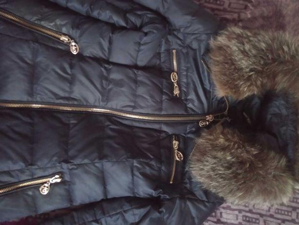 Куртка зимняя с натуральним мехом чернобурки. Зима пальто.