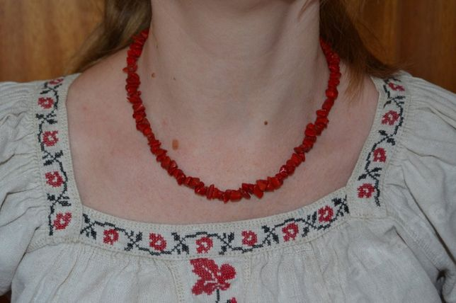Намисто, ожерелье, бусы под коралл. Длина 42 см. Вес 30 гм. №3