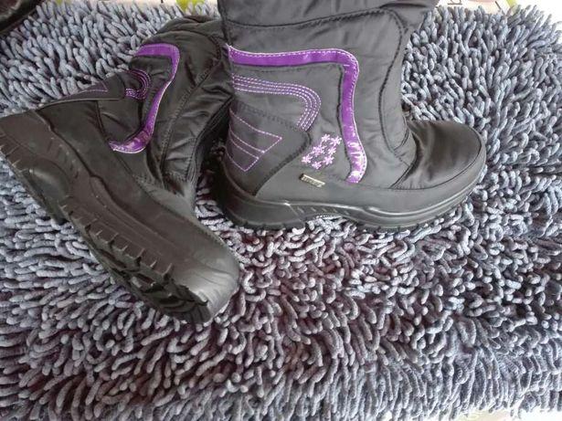 Botas para a neve, Novas