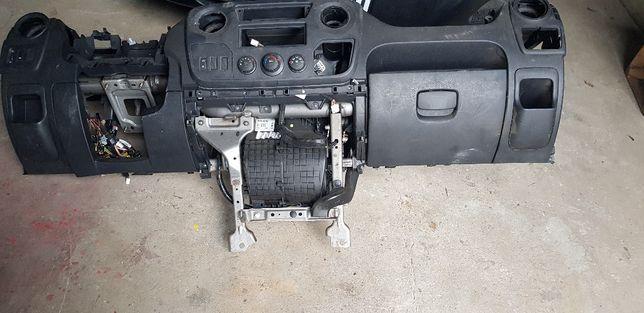 Renault Master movano interstar III deska konsola