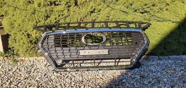 Grill atrapa Hyundai i30.   86351-G4AC0