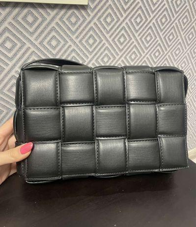 Черная сумка ботега