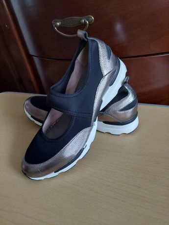 Шикарные новые туфли, кроссовки, мокасины moda in pelle