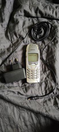 Zabytkowa Nokia 6310i