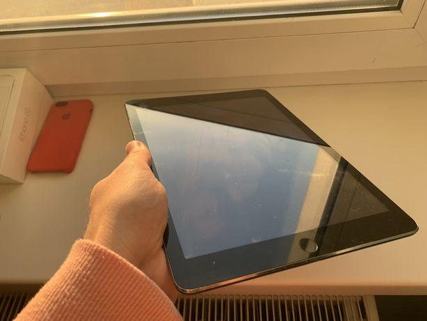 iPad Air (5) 16gb WiFi