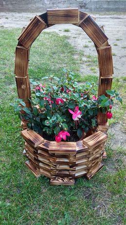 Doniczka koszyk ogrodowy drewniany kwietnik