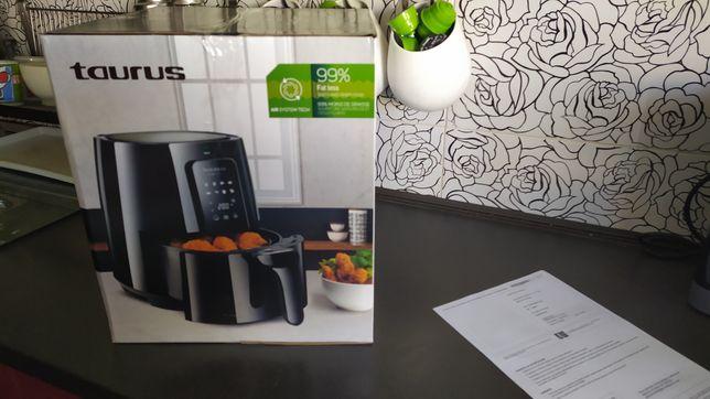 Fritadeira Taurus air fry nova com garantia