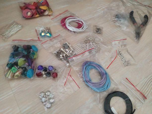 Zestaw do robienia kolczyków/ biżuterii