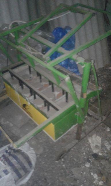 станок для изготовления шлакоблока
