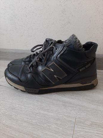 Теплі чоловічі кросівки