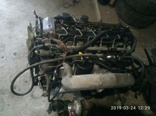 Двигун 3.2cdi 210,211,140,203,s220 головка,блок,форсунки