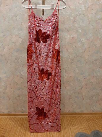 Длинное вечернее платье - футляр в пайетки