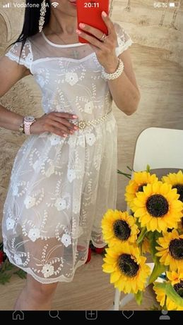 Продам платье состояние новое