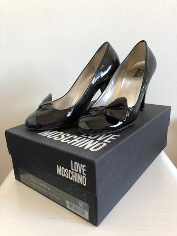 Женские лакированные туфли Love Moschino (размер 39)