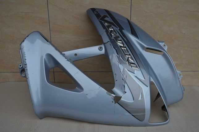 Honda Varadero 1000 '03-11r OWIEWKA osłona bok PRAWA napis wypukły