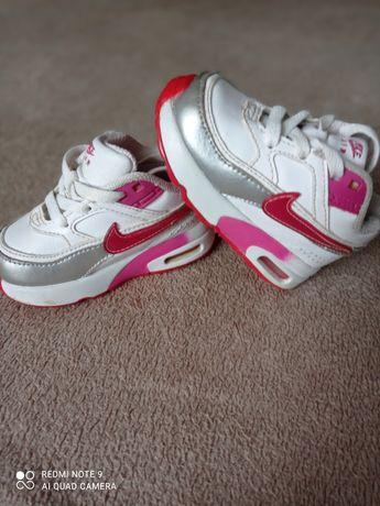 Кроссовки Nike Детские кроссовки Кроссовки для девочки