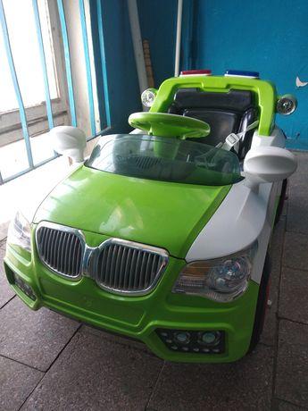 Детский электромобиль БМВ