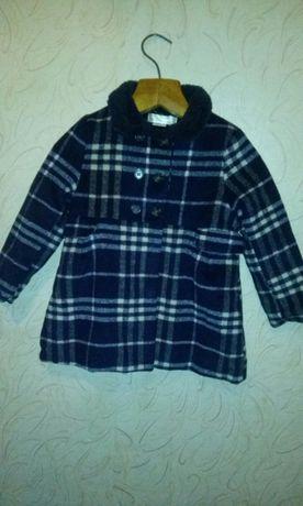 Пальто для девочки тепленькое, новое на 2-3 года