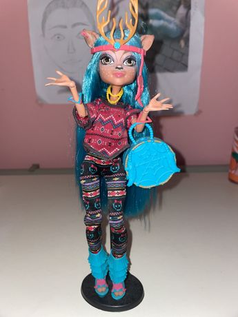 Кукла оригинальная Monster high, Изи Даундэнсер в полной комплектации