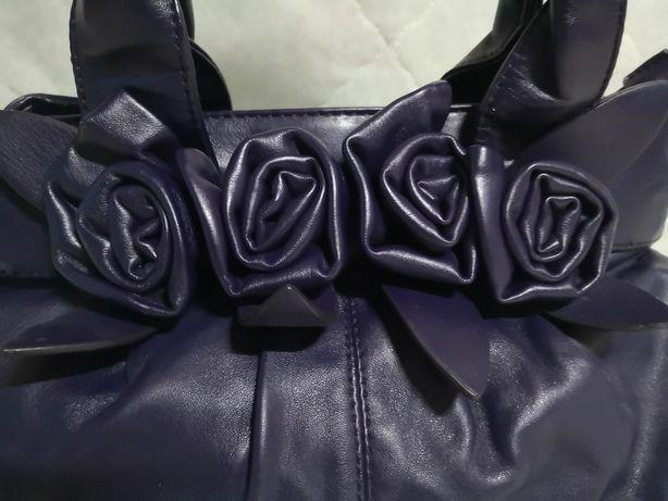 Elegancka torebka w kolorze śliwki