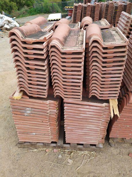 Vendo 3000 telhas para tehlado (250m2) 0,30€/peça