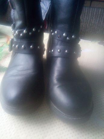 Осінні черевики дитячі