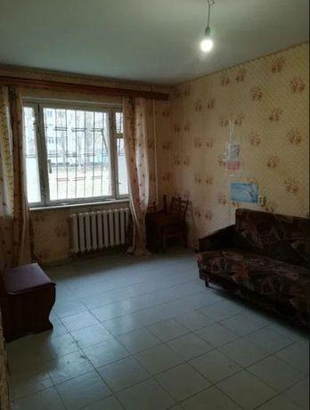 Продам 2-х комнатную квартиру на Днепропетровской дороге