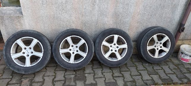 "Alufelgi Momo 5x108 15"" Ford komplet"