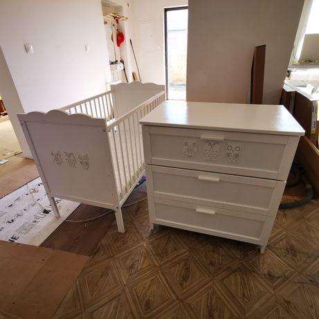 Łóżeczko i komoda dla niemowlaka dziecka. Okazja. Polecam