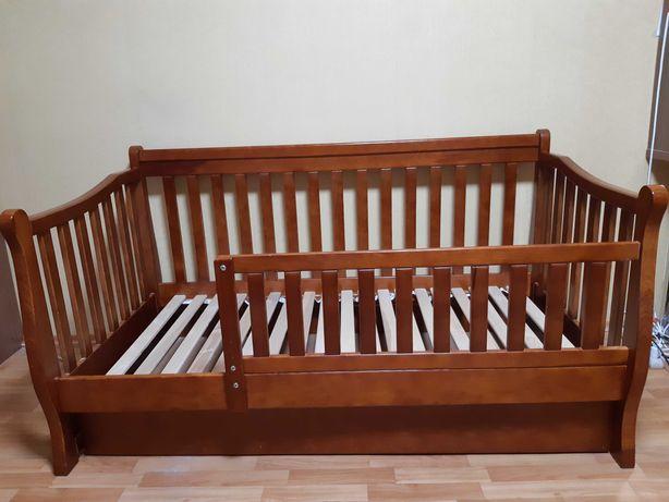 Детская (подростковая) кровать +матрас