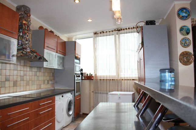 Без % Продам большую квартиру Бажана 12 метро Осокорки Дарницкий р-н