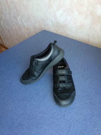 Кожаные кроссовки туфли кеды Clarks 37 р