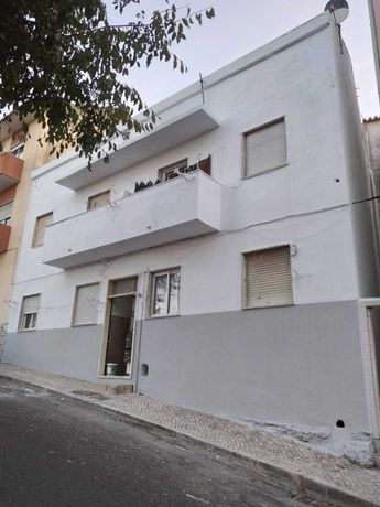 Pintor interior exterior vivendas e telhados impermebealizacoes