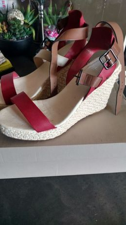 Buty, sandały damskie Lacoste