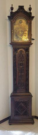 Relógio ingês antigo, de pé alto