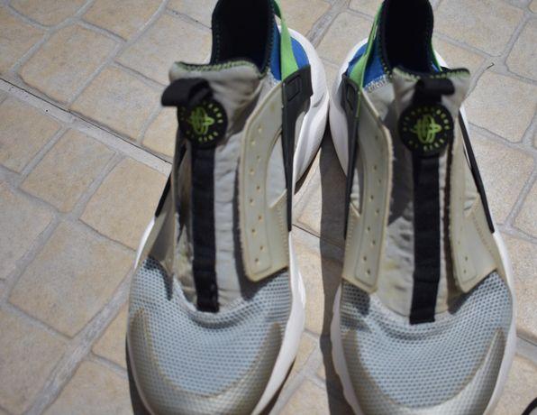 Ténis Nike Air Huarache