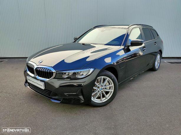 BMW 330 e Touring Auto