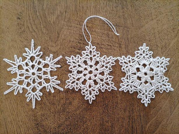 Szydełkowe białe gwiazdki, śnieżynki na choinkę ok. 10 cm