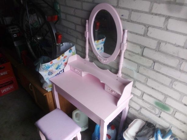 Toaletka nowa młodzieżowa Pink