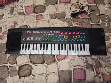 Детский синтезатор(возможен обмен)