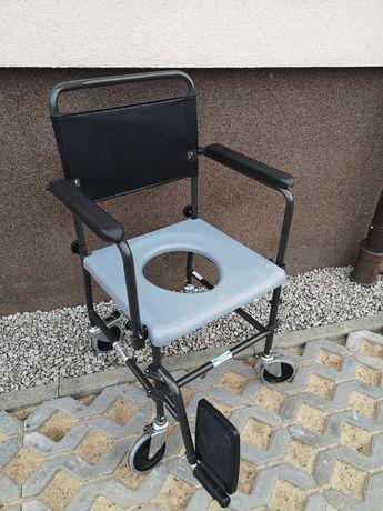 Krzesło sanitarne z toaletą