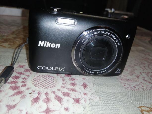 Фотоапарат     Nikon    coolpix